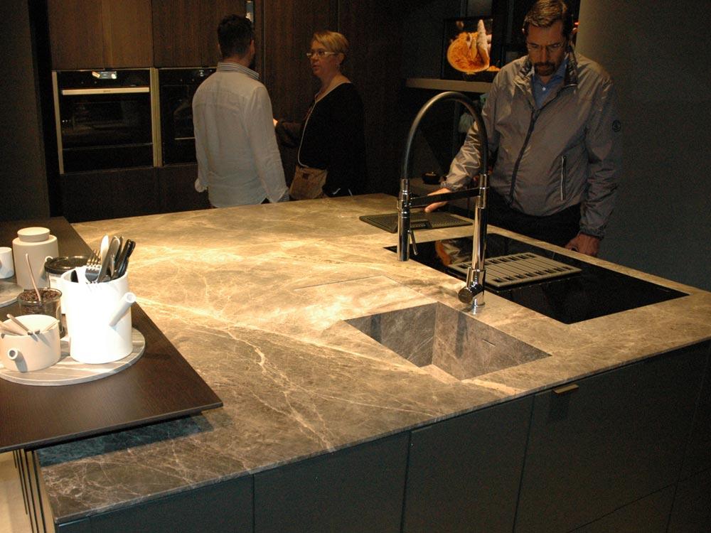 lavandino-integrato-isola-cucina